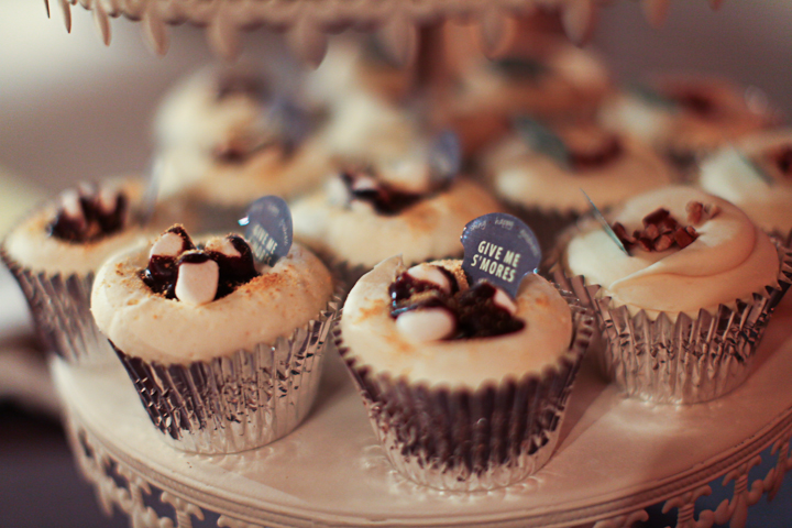 Chicago Wedding Photography Gallery 1028 S'More Cupcake