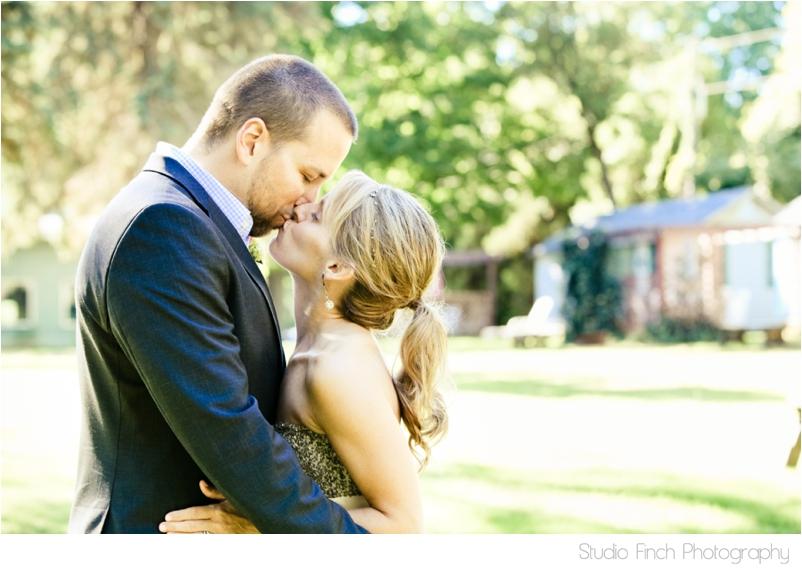 Lake Michigan Wedding Love Kiss Studio Finch