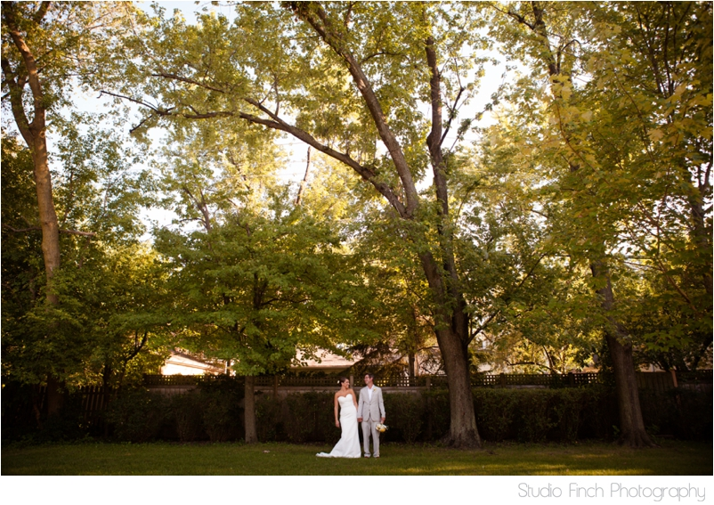 chicago wedding photographer rustic wedding chic feature love_0001