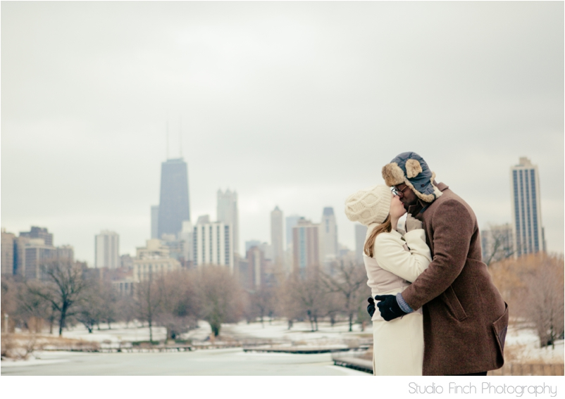 Chicago winter engagement session Lincoln Park Skyline Cityscape