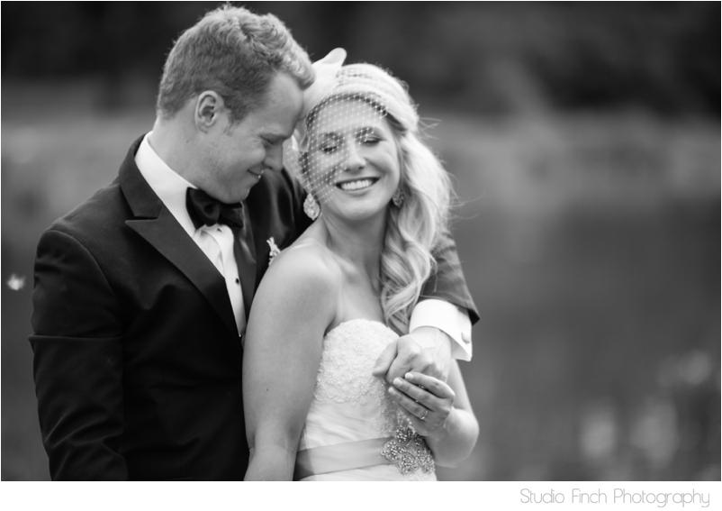 elmhurst mansion chicago wedding photographer outdoor ceremony photography_0001