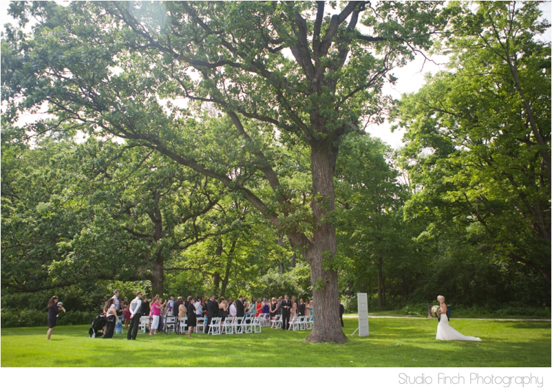 elmhurst mansion chicago wedding photographer outdoor ceremony photography_0023