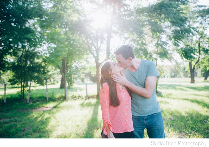Studio Finch Chicago Engagement Wedding Photography_0004