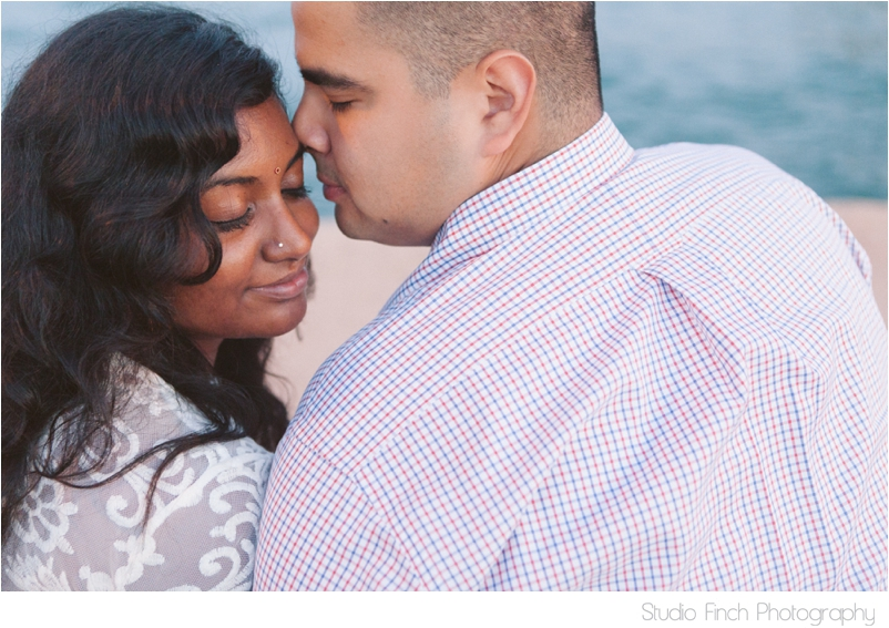 Studio Finch Chicago Lincoln Park Engagement Wedding Photography_0022