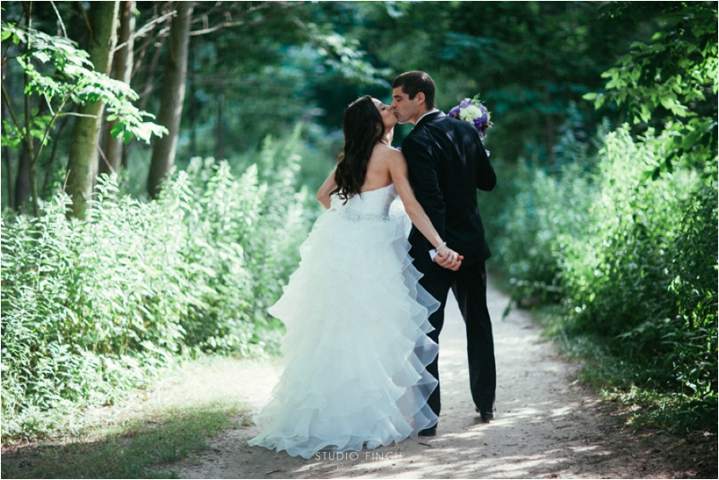 Schlitz Audubon Nature Center Wedding Photographer Editorial Photography Studio Finch Modern_0099