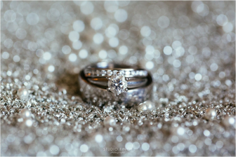 Spiaggia Wedding Chicago Photographer Editorial Photography Studio Finch Modern_0006
