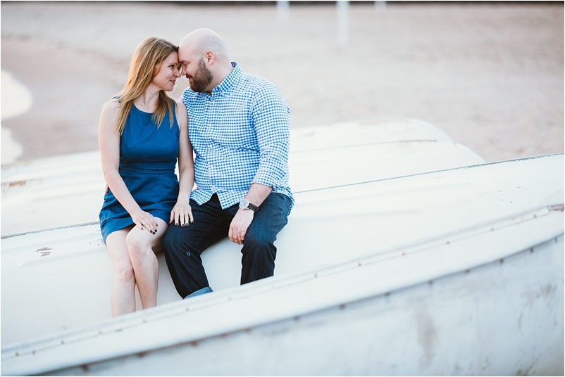 Chicago engagement photographer sunrise beach lifestyle photos wedding cityview lofts_0004