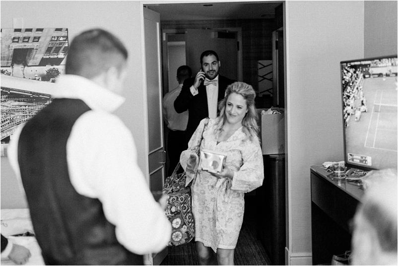 Chicago wedding photo ravenswood event center loft photography vsco contax645 lifestyle photojournalist studio finch_0011