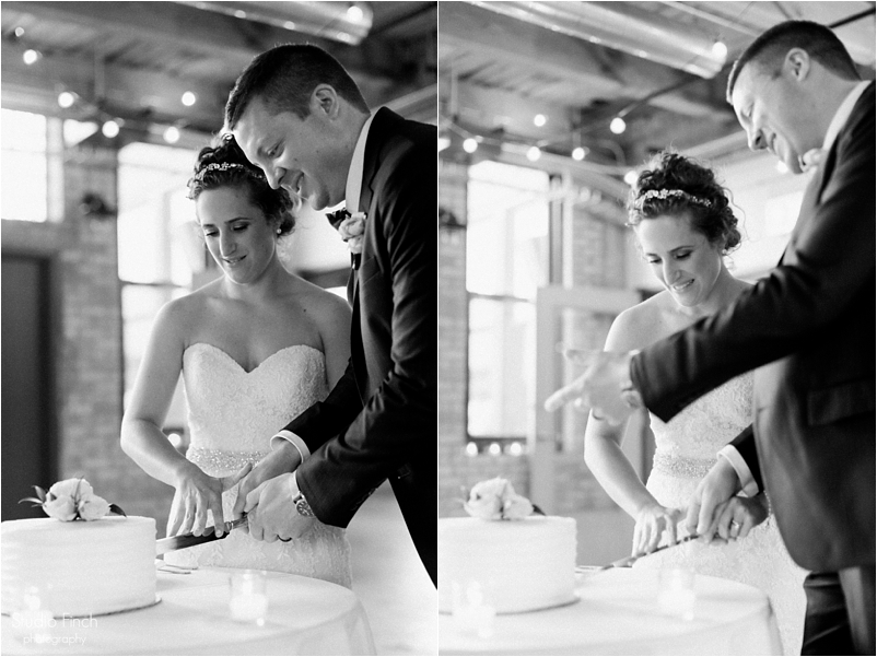 Chicago wedding photo ravenswood event center loft photography vsco contax645 lifestyle photojournalist studio finch_0091