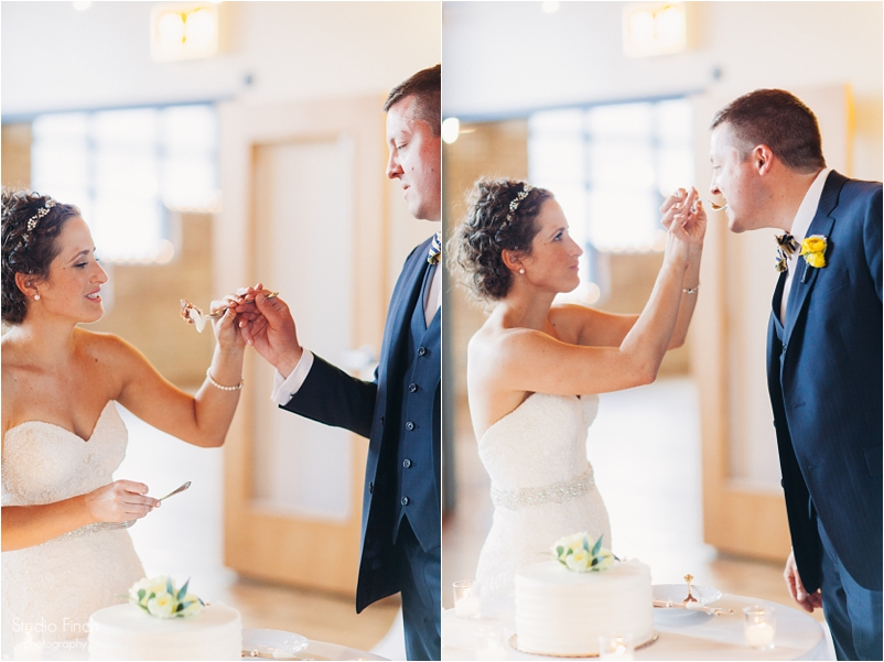 Chicago wedding photo ravenswood event center loft photography vsco contax645 lifestyle photojournalist studio finch_0092