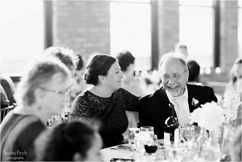 Chicago wedding photo ravenswood event center loft photography vsco contax645 lifestyle photojournalist studio finch_0099
