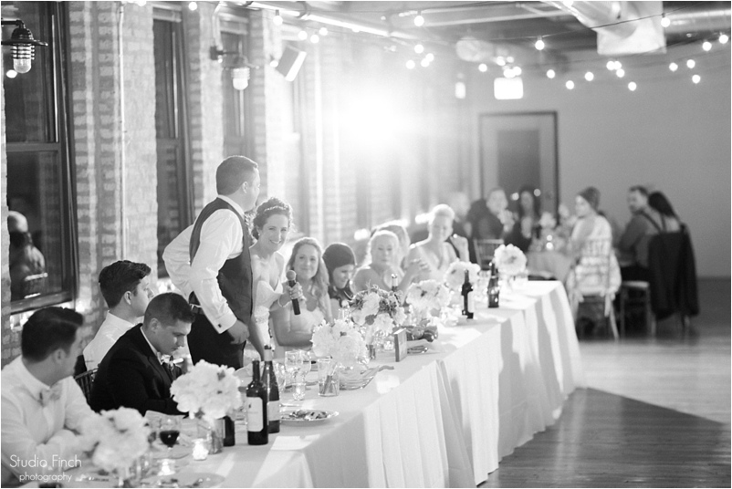 Chicago wedding photo ravenswood event center loft photography vsco contax645 lifestyle photojournalist studio finch_0104