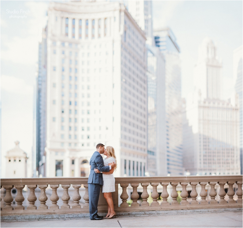 Chicago wedding photography sunrise engagement session a new leaf venue wedding couple trends lifestyle photojournalistic_0015